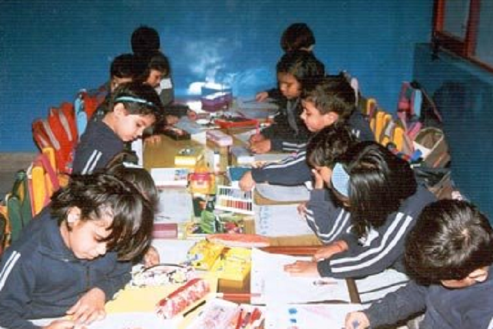 Apeejay School-Drawing Classes