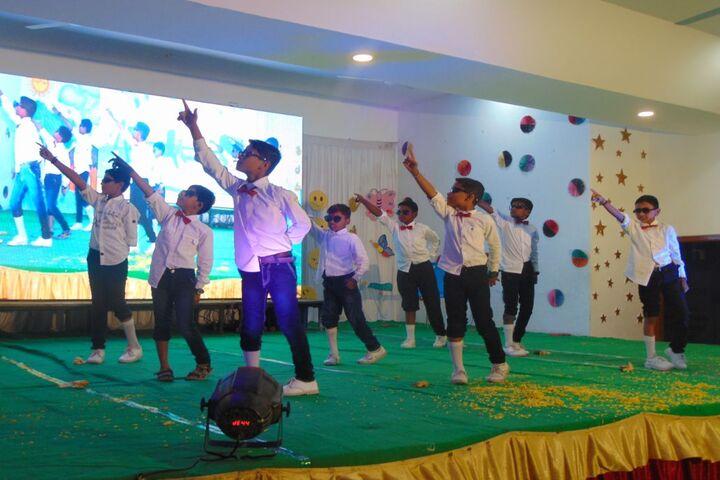 Baburao Maruti Wakode International School-Dance