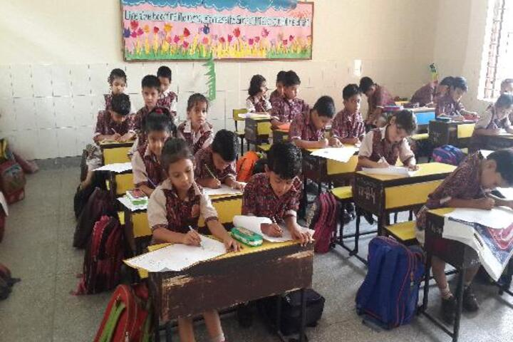 Arvind Gupta D A V Centenary Public School-Class Room