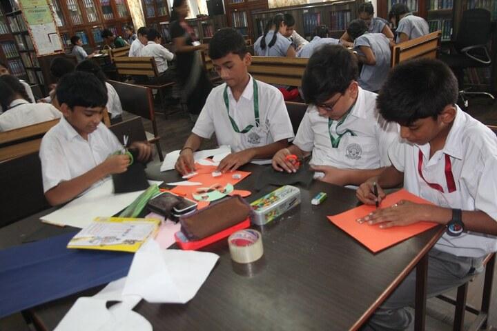 Arwachin Bharti Bhavan Senior Secondary School-Art And Craft