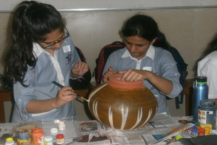 Bal Bharati Public School-Pot Painting