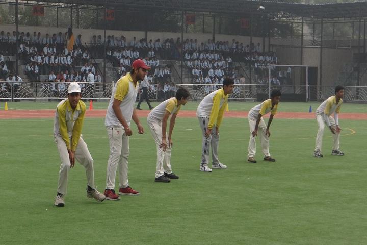 Bal Bhavan Public Schoo-Cricket Practice