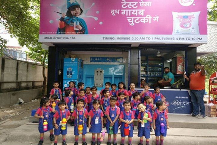 Basava international School-Visit to mother dairy