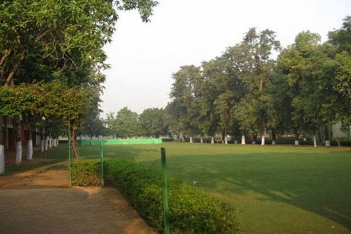 Bhavans Sawan Public School-Garden