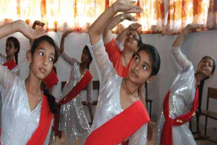 Col Satsangis Kiran Memorial Public School-Dance