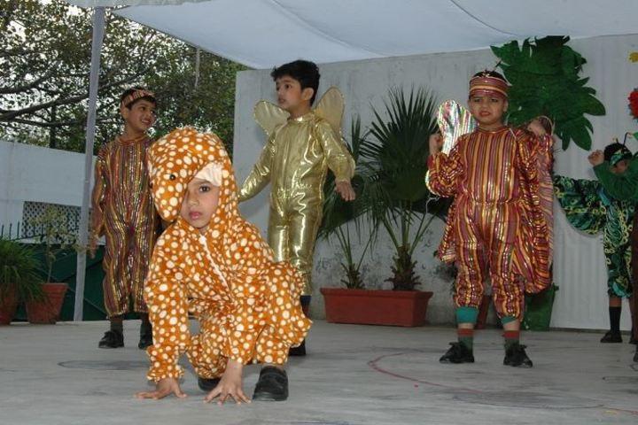 Crescent School-School Activities