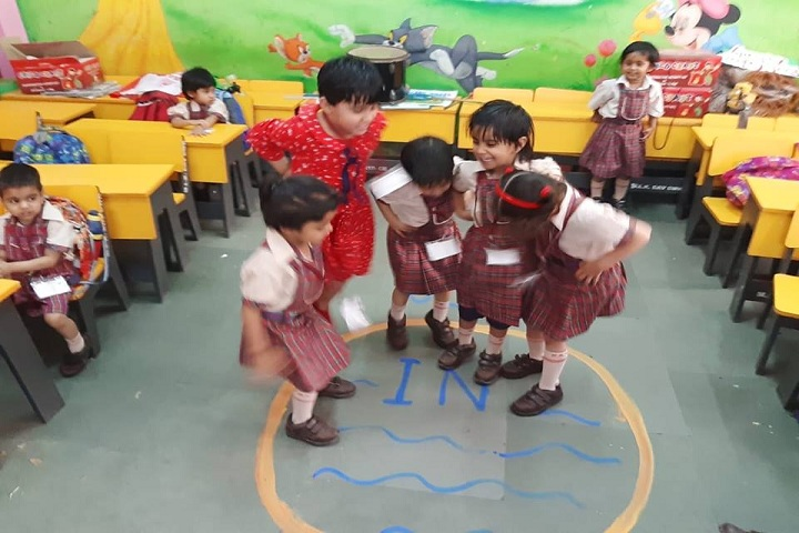 M L Khanna DAV Public School-Activity Class