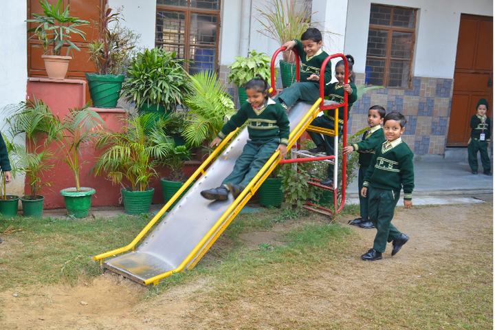 Deepanshu Public School-Kindergarden