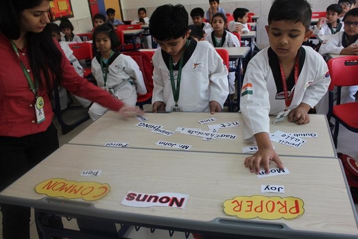 Delhi International School-Classrooms
