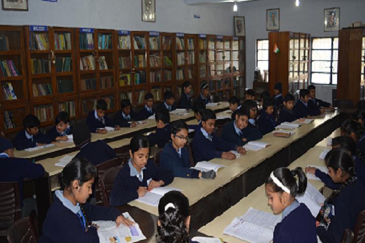 Delhi Kannada Senior Secondary School-Library with reading room