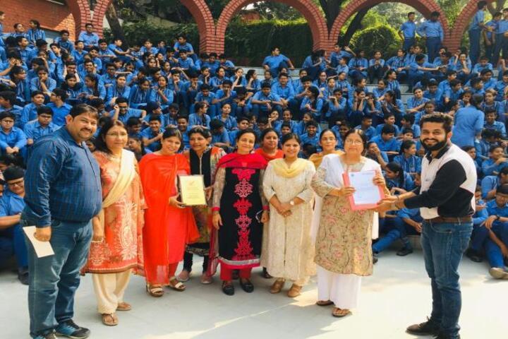 Dev Samaj Modern School-Road Saftey Programme