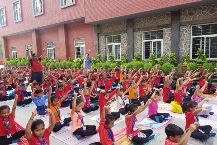 Dev Samaj Modern School-Yoga