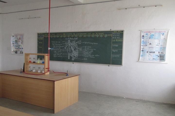 Marg Chinmaya Vidyalaya-Biology Lab