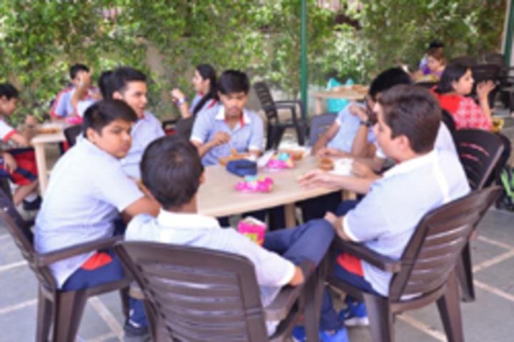 G D Goenka Public School- Cafeteria