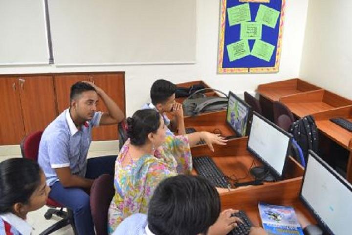 G D Goenka Public School-Computer Lab2