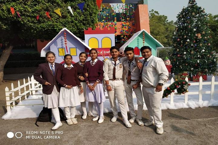 Good Luck Public School-Picnic