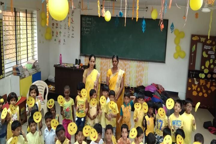 P E S Public School-Yellow Day