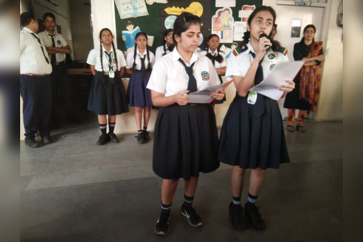 Pallavi Model School-Discussion in the Assembly