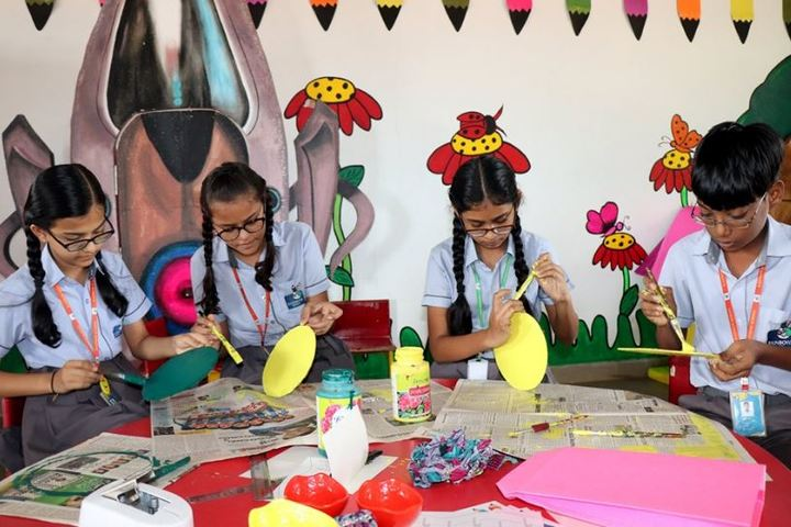 Rainbow School-Crafts