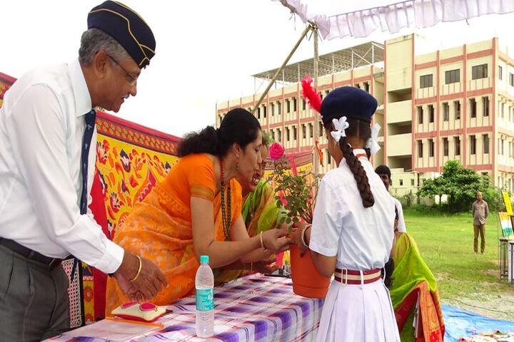 Ratnapuri Vidyalayam-Prize Distribution