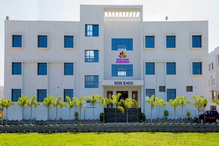 Ridge School-Campusview