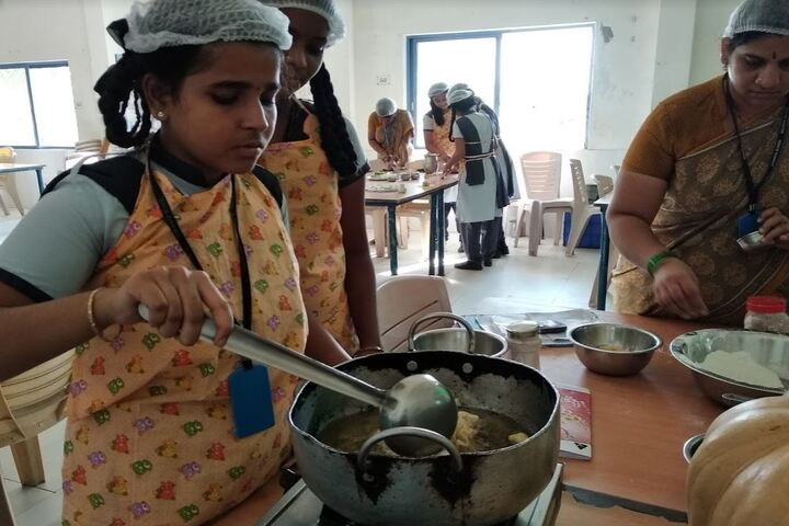 Saranya Concept School-Cooking Activity