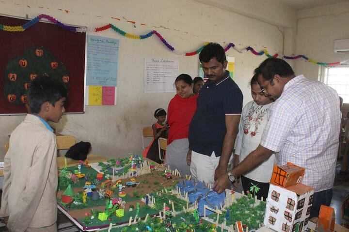 SDR World School-Science Exhibition