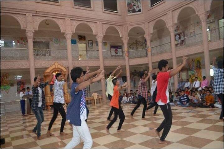 Shree Swaminarayan Gurukul Vidyalaya-Dancing Activity