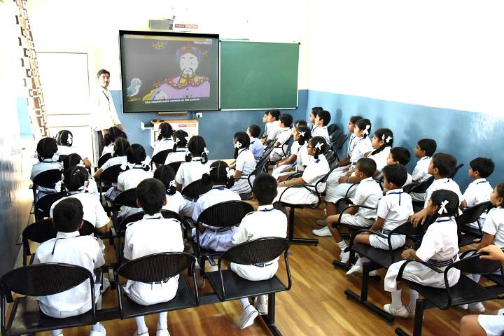 Smt Godavari Devi Saraf High School-Classrooms