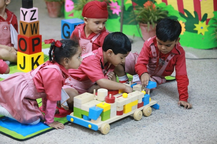 Guru Harkrishan Public School-Activity room