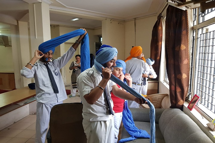 Guru Harkrishan Public School-Turban Tying Competition
