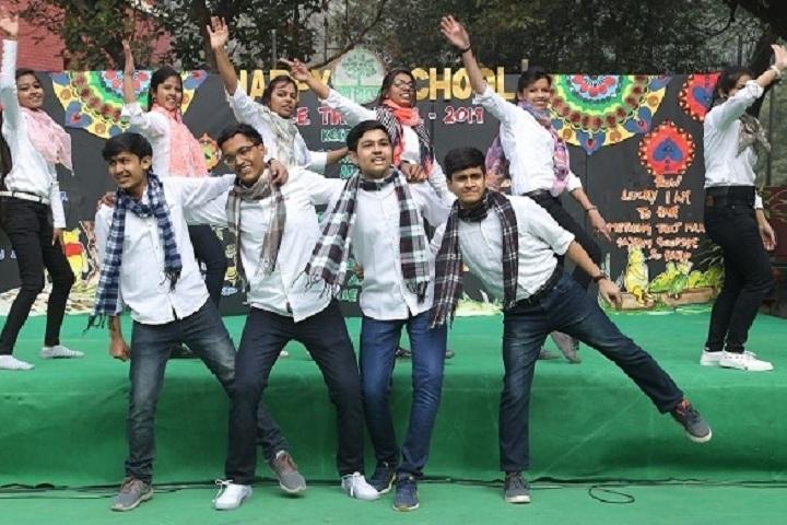 Happy School-Dance