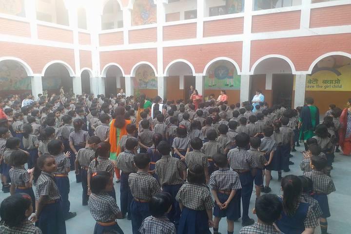 Hari Krishna Public School-Assembly
