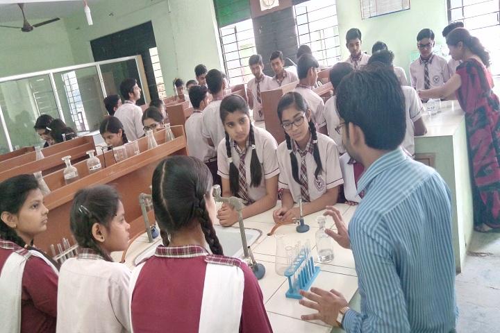 Hindon Public School-Science Lab