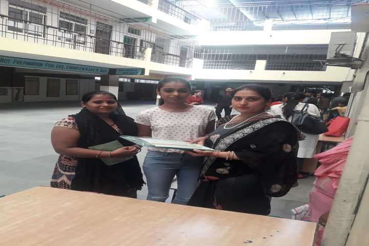 Indraprastha Convent School-Class Toppers