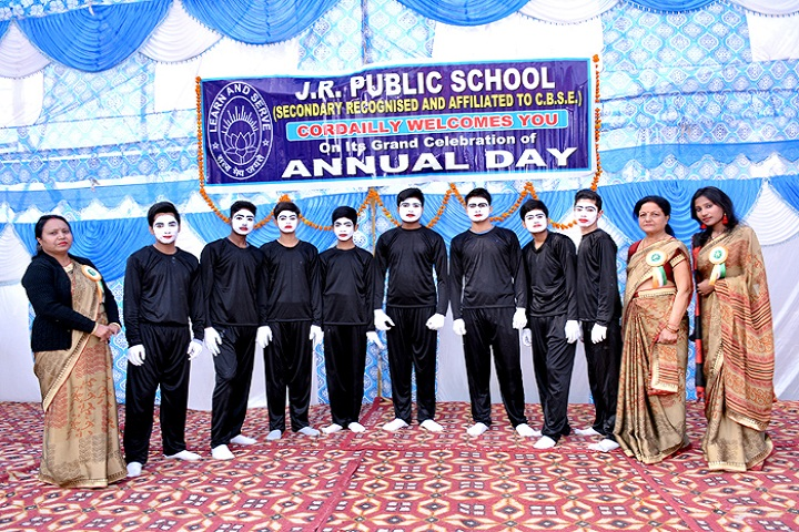 J R Public School-Students and Staff
