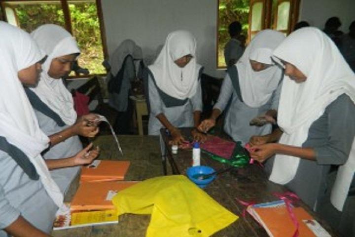 Crescent Public School-Lab