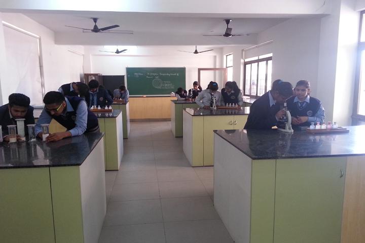 M R Vivekananda Model School-Science-Lab