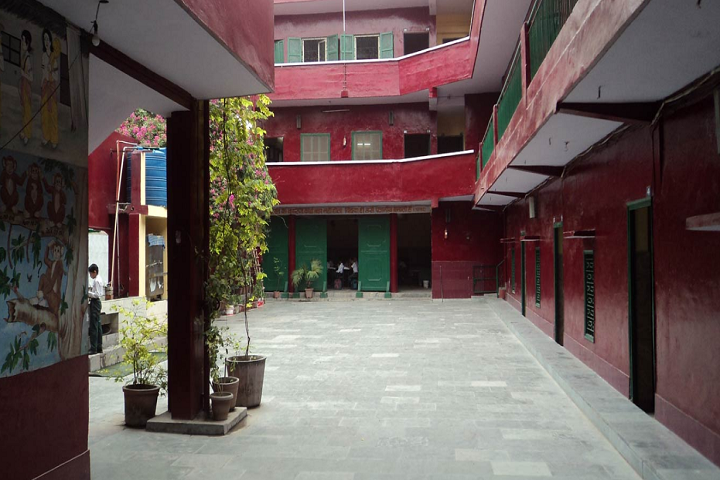 Maharishi Dayanand Model School-Campus-View inside