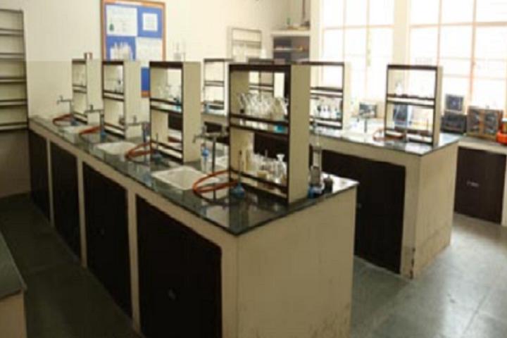 Masonic Public School-Laboratory