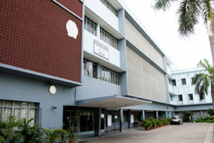 Mater Dei School-Campus-View front