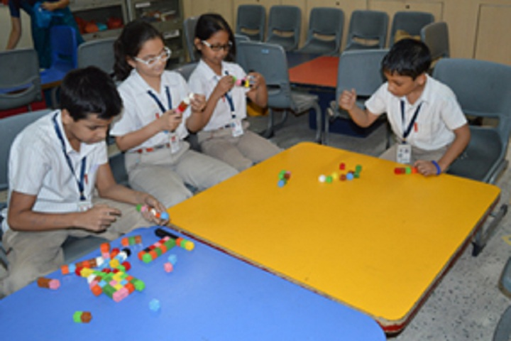 Maxfort School-Laboratory mathematics