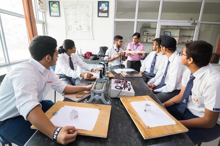 MBS International School-Physics Lab