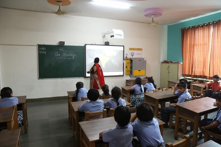MBS International School-Smart Classroom