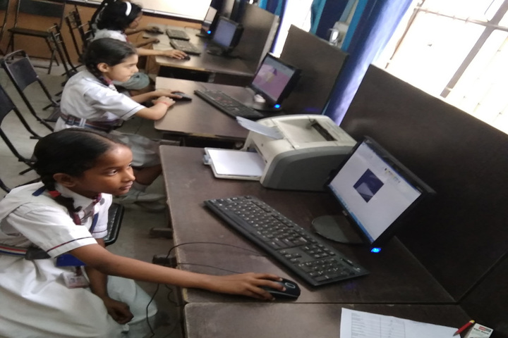 MHDC Saraswati Bal Mandir-Computer Lab