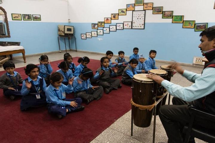 Mira Model Senior Secondary School -Music Room