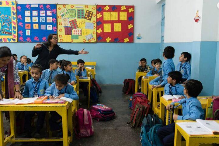Mira Model Senior Secondary School-Kids Classroom