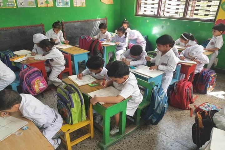 Modern Era Convent-Kids Classroom