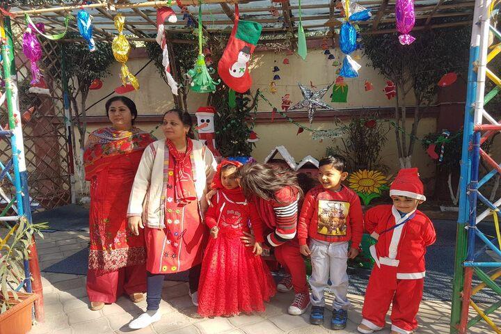Modern International School-Christmas Celebrations