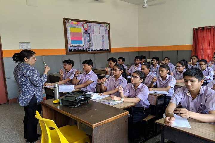 Modern Public School-Class Room